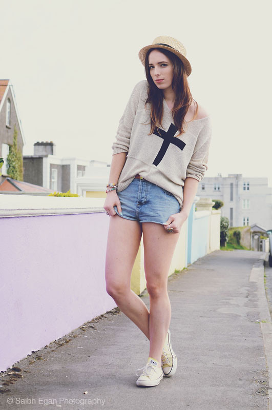 Outfit of the Day: InLoveWithFashion Jumper and Topshop Cut-offs!