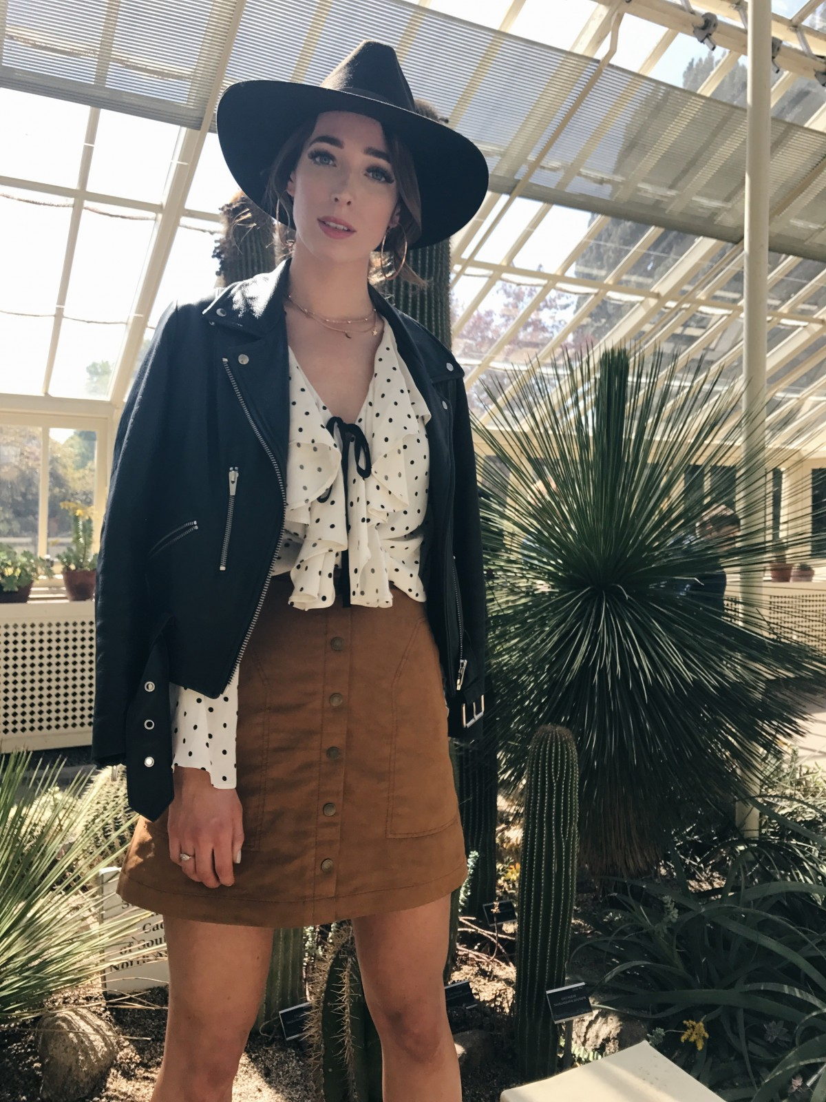 how to wear ruffle tops, summer 17 trends, ruffle polka dot blouse topshop
