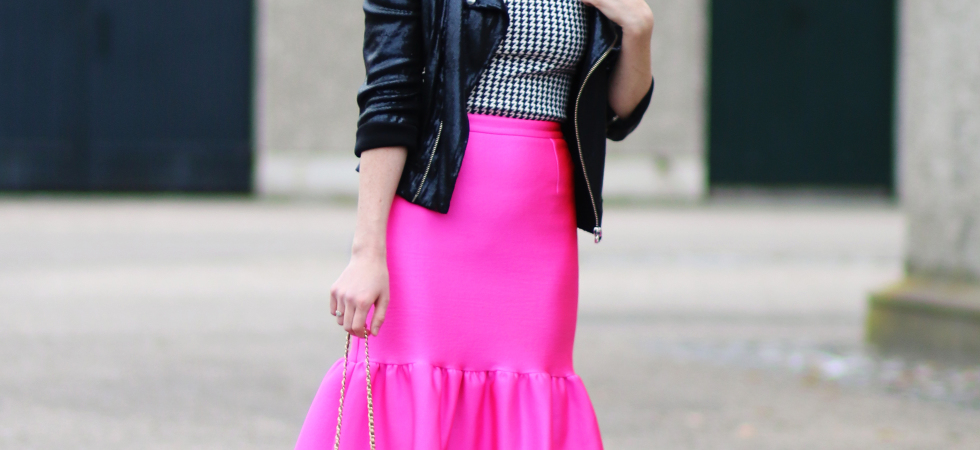 CIARA O'DOHERTY PINK ASOS SKIRT OUTFIT FASHION