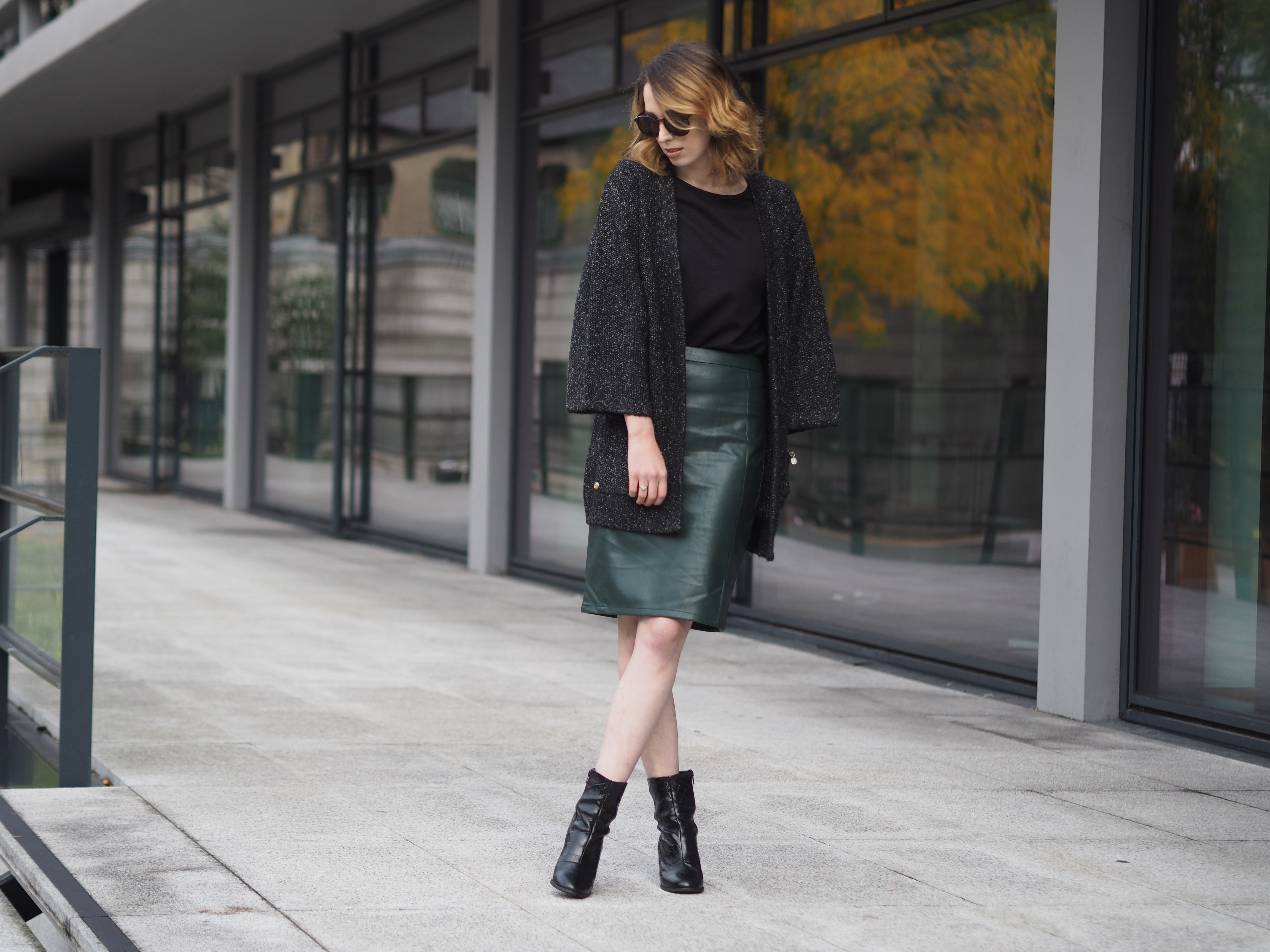 41c619da10c56 Green Leather skirt and Kimono Cardigan for Autumn